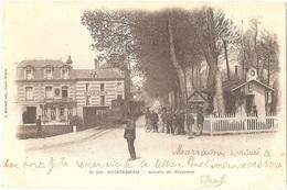 Dépt 14 - OUISTREHAM - Arrivée Du Tramway - (J. Bréchet, édit., N° 200) - Train - Restaurant ÉNAULT - Ouistreham