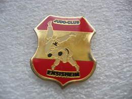 Pin's Du Judo Club De La Ville De ENSISHEIM (Dépt 68) - Judo