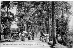 Digoin Saone Et Loire Départ Aux Vendanges Route De La Motte 1920 état Superbe - Digoin