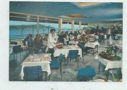 """Villefranche-sur-Mer (06) : La Salle à Manger De L'Hôtel """"Le Versaille""""en 1980 (animé)GF . - Villefranche-sur-Mer"""