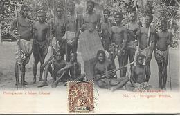 AFRIQUE -  CONGO- FRANCAIS -  INDIGENES ARMEES - PHOTOGRAPHIE R.VISSER . DEPOSE - Congo Français - Autres
