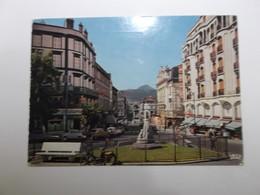 Vue Prise De La Prefecture Vers Le Monument De Vercingetorix Et Le Puy De Dome - Clermont Ferrand