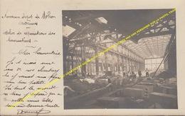 CARTE PHOTE NOUVEAU DEPOT DE MOHON 1907 CHANTIER DE REPARATION LOCOMOTIVES, ECRITE PAR UNE PERSONNE SUR LA PHOTO, TRAIN - Charleville