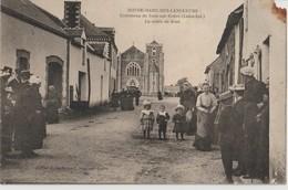 NOTRE DAME DES LANGUEURS. Commune De Joué Sur Erdre ( Loire Inf. ) - La Route De Joué ( Carte Très Animée ). - Other Municipalities