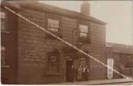 PHOTOCARD LEEDS HOLBECK 1918 WINE SPIRITS ALE STOUT MARTELL BRANDY PUB ALONGSIDE SHOW POSTER THE EMPIRE LEEDS - Leeds