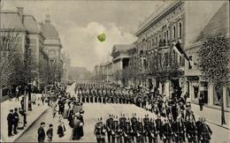 Cp Dessau In Saxe Anhalt, Große Parade In Der Kavalierstraße - Militaria