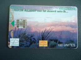 MADAGASCAR  USED CARDS  LANDSCAPES - Madagascar
