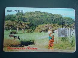 MADAGASCAR  USED CARDS  LANDSCAPES  NATURE COW WOMEN - Madagascar