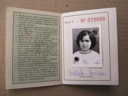 Yugoslavia Railway Ticket With Picture ( Girl ), 1976 - 1982. ( Belgrade, Čačak, Zagreb, Skoplje, Niš ... ) - Week-en Maandabonnementen