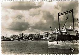 CPA Brest 29. Le Port De Commerce, Carte Photo Dentelée 1952 - Cannes