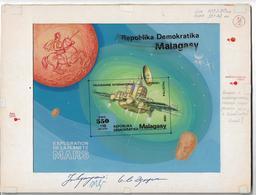 1989 Madagascar Mars Exploration Fobos Space Artwork - Madagascar (1960-...)