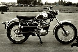"Puch Moto Cross 1966 +-16cm X 11cm "" Perforada "" Moto MOTOCROSS MOTORCYCLE Douglas J Jackson Archive Of Motorcycles - Sonstige"