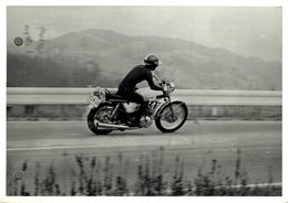 "Kawasaki 500cc +-17cm X 11cm "" Perforada "" Moto MOTOCROSS MOTORCYCLE Douglas J Jackson Archive Of Motorcycles - Altri"