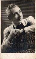 Photo Originale Portrait Studio D'un Gay & Playboy Manfied Au Charme Fou Vers 1940 - Foto Studio W.WE.N. Ader - Personnes Anonymes