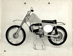 "Eurocross +-23cm X 17cm "" Perforada "" Moto MOTOCROSS MOTORCYCLE Douglas J Jackson Archive Of Motorcycles - Andere"
