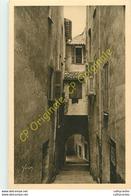 06.  VILLEFRANCHE .  La Rue Obscure . - Villefranche-sur-Mer