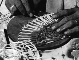 Photo Soudan Bijoutier à L'oeuvre Dans Le Suk El Siah D'Omdurman (Khartoum) Photo Vivant Univers. - Afrika