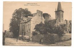 Erquy - L'Eglise Et La Place -  CPA° - Erquy