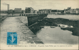 44 LA TURBALLE   /  L'estacage - Usine Pellier / - Francia