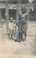 A P 733 -  C P A   AFRIQUE-    GABON - LAMBARENE  -LA VIEILLE DE DUMANTANGA - Gabon