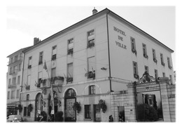 BELLEY - Hôtel De Ville - Belley
