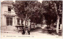 06 JUAN-les-PINS - Avenue Amiral Courbet - France