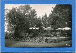 """71  . CHARNAY  Lés  MACON  ,  Hostellerie - Pension """" LE   MANOIR  """"  De La Croix  Madeleine .cpsm  9 X 14  . - Frankrijk"""