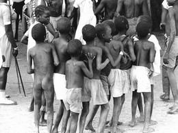 Photo Soudan. Ronde D'enfants De Villages En Signe De Bienvenue Photo Vivant Univers. - Afrika