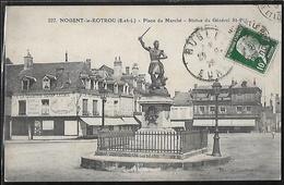 CPA 28 - Nogent-le-Rotrou, Place Du Marché - Statue Du Général Saint-Pol - Nogent Le Rotrou