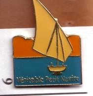 X06 Pin's Bateau Voilier Petit Navire Achat Immédiat - Barcos