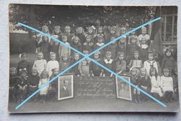 Photo RUISBROEK Région Uccle Ukkel Thanks To Children Of Newton USA Classe école Filles School Thanks To America 1914-18 - Lieux