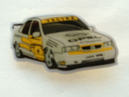 Pin's OPEL VECTRA RALLYE - Opel