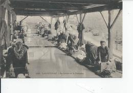LANDIVISIAU   Le Lavoir - Landivisiau