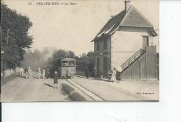 VERE SUR MER   La Gare 1927 ANIMEE - France