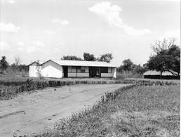 Photo Soudan Du Sud Dispensaire De Village Photo Vivant Univers. - Afrika