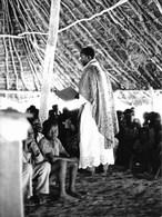 Photo Soudan Du Sud Célébration Dominicale Dans Une Chapelle Improvisée à Juba Photo Vivant Univers. - Afrika