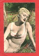 """Photo Format CP """"Jeune Femme Alanguie Dévoilant Un Sein """" - Nus Adultes (< 1960)"""