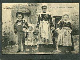 CPA - Femme Et Enfants De SCAER - France