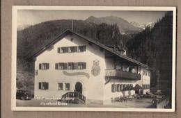 CPSM AUTRICHE - KLÖSTERLE Am ARLBERG - Alpenhotel Krone TB PLAN Hotel Etablissement Façade Terrasse AUTOMOBILE - Klösterle