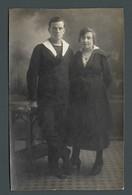 Duo Couple De Jeunes Amoureux Très Bel Homme Marin Et Sa Promise PHOTO Carte - Personas Anónimos