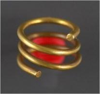 Luristan Gold Coil Hair Ring - Archeologia