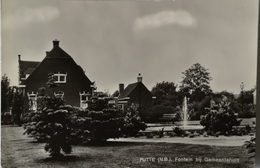 Putte (N - Br.) Fontein Bij Gemeentehuis Ca 1972 - Sonstige