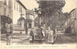 Dépt 06 - SAINT-LAURENT-DU-VAR - Fontaine De La Grande-Rue - (ND Phot. N° 790) - Saint-Laurent-du-Var