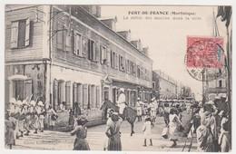 27254 Martinique Fort De France Défilé Marins Ville -cl.  Leboullanger 1906 -soldat Cheval - Fort De France