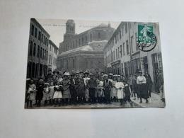59 Lille Rue Courmont Et église Saint Vincent De Paul Rare 1910 - Lille