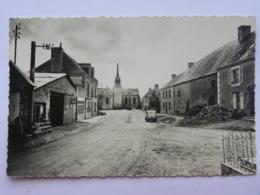 CPSM (53) Mayenne - MARCILLE - Place De L'église - France