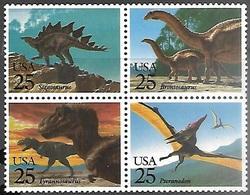 US 1989  Sc#2425b  25c  Dinosaurs Block MNH - United States