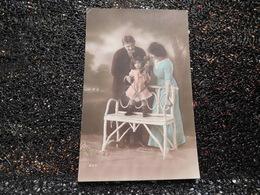 Couple Avec Petite Fille Et Son Ourson      (A7) - Couples