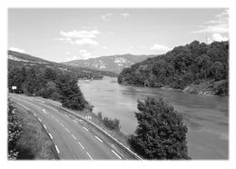 BREGNIER-CORDON - Le Rhône Vers Brégnier-Cordon - Francia