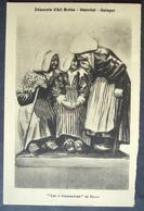 """CPA 29 QUIMPER - Faïencerie Henriot, """" Les 3 Commères """" De Nicot - Grand Prix Des Arts Décoratifs 1925 - Réf. G 90 - Quimper"""